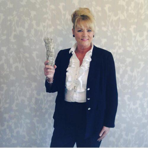 Lesley-Anne Fozzard   (Celebrity Psychic)