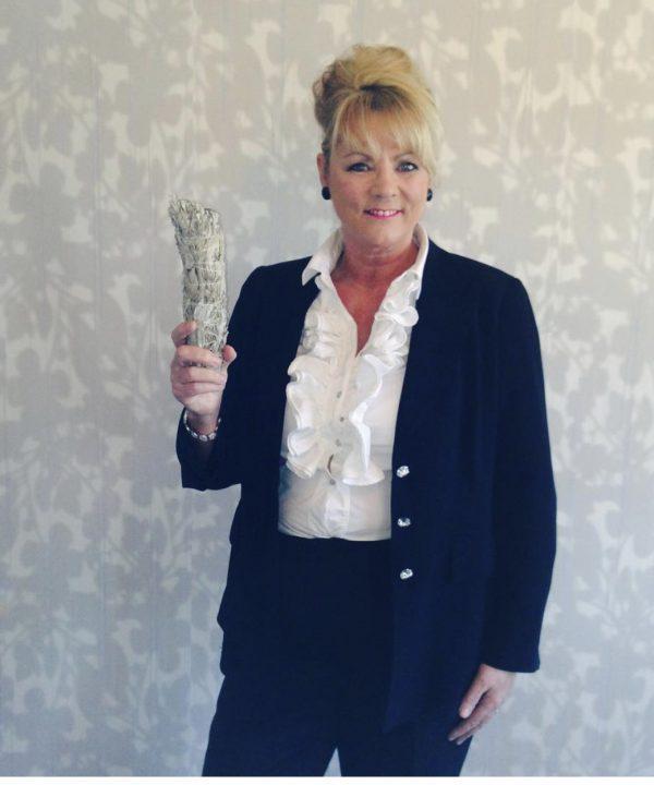 Lesley-Anne Fozzard   (Celebrity Psychic) Image 1